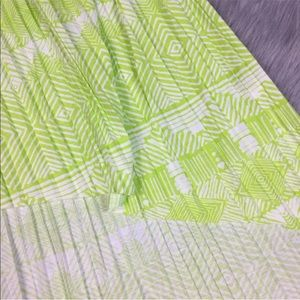 American Eagle Outfitters Skirts - American Eagle high-low pleated green skirt XL